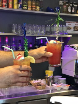 Cocktails_colorés_ete_snack_bar_2018